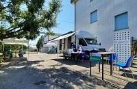 A scuola sicuri e vaccinati: domani camper davanti allo Spallanzani di Castelfranco Emilia