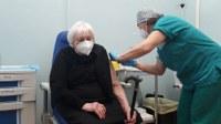 Vaccinazione anti-Covid: entro aprile, almeno una dose a tutti gli over75enni