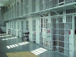 Coronavirus. Carceri: contrastare il rischio di contagio negli istituti penitenziari e il sovraffollamento