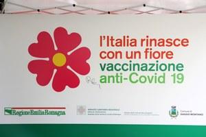 Vaccinazioni anti-Covid. Dai mercati in Emilia alle spiagge della Romagna, il vaccino in regione arriva anche in camper